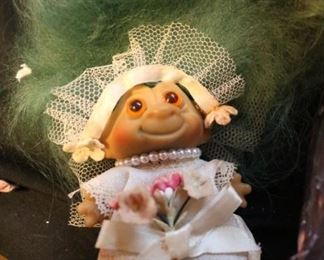 Vintage Bride Troll