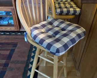 swivel bar stools; 4