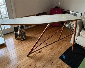 Mastermaid Vintage wooden ironing board