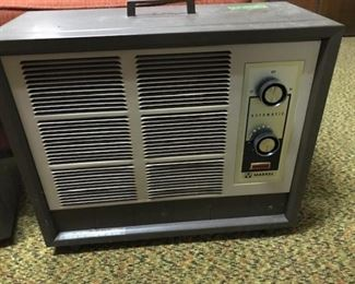 Markel 220volt electric heater.  We have 2 (yes, they have been tested and work quite well)