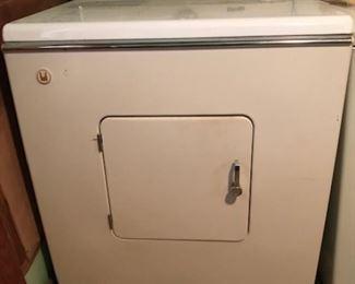 working(!!!) vintage Maytag dryer 641c (1960/61)