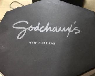 vintage Godchaux's NOLA hatbox
