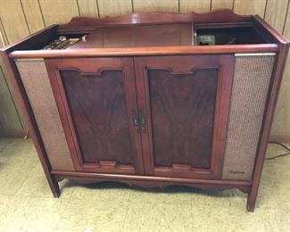 Magnavox console stereo--radio works but turntable will need replacement