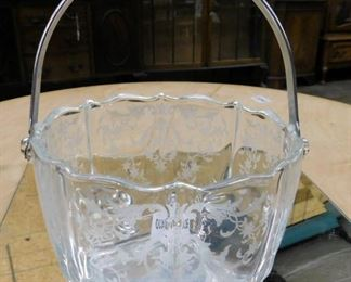 Navarre ice bucket