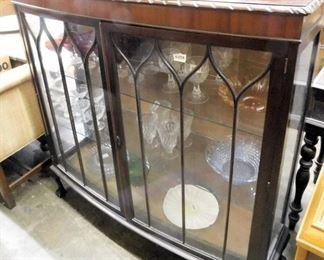 Mahogany Chippendale curio cabinet
