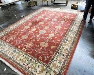 100% wool rug. 8' x 11'