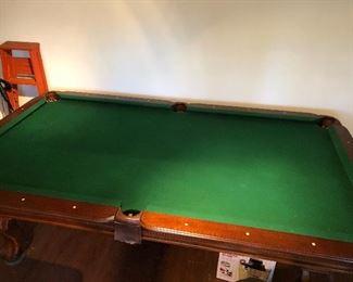 Sportcraft 7.5' Ball and Claw Billiard Pool Table