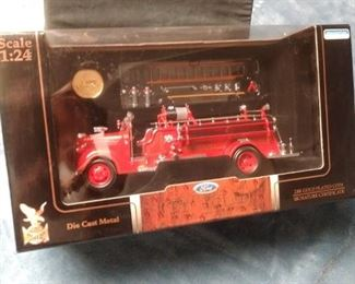 Authentic Replica Diecast 1938 Ford Fire Engine