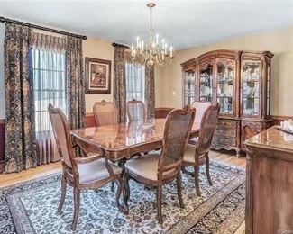 Bernhardt dining room furniture