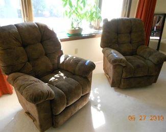 La-Z-Boy Reclining Chairs