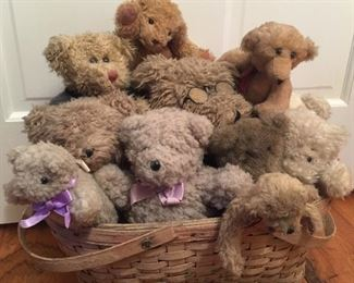 Bears of every kind, from Steiff to Japan to modern