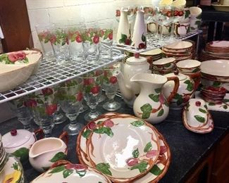 Franciscan Apple dishes with serving pieces