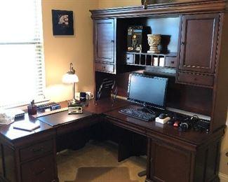 executive suite desk set Sunday clearance $50!
