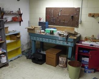 Lots of tools to pick through and cool work benches!