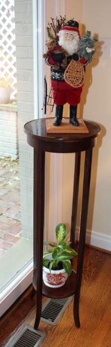 Plant pedestal.