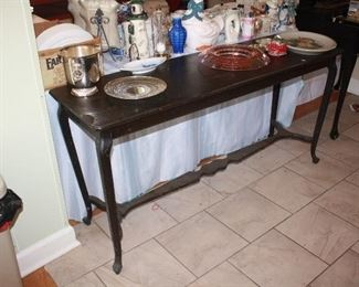 Vintage sofa/entry hall table