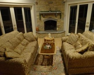 2 seater and 3 seater lounge set