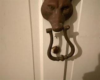 The fox door knocker is for sale this time.
