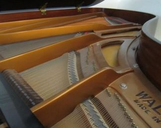 INSIDE OF GRAND PIANO