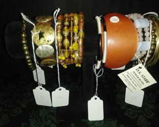 Large assortment of  woman's  jewelry