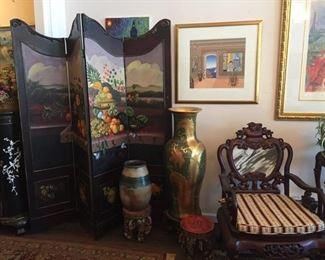 Large painted screen, vases, and chair