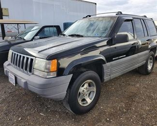 1998 Jeep Grand Cherokee Multipurpose Vehicle (MPV) Year: 1998 Make: Jeep Model: Grand Cherokee Vehicle Type: Multipurpose Vehicle (MPV) Mileage: {ENTER MILEAGE HERE} Plate: {ENTER PLATE NUMBER HERE} Body Type: 4 Door Wagon Trim Level: TSi; Laredo Drive Line: 4WD Engine Type: L6, 4.0L (242 CID) Fuel Type: Gasoline Horsepower: 190HP Transmission: VIN #: 1J4GZ58SXWC105315  DMV fees: $15 and $70 doc fees