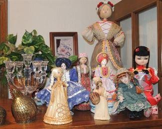 Vintage world dolls