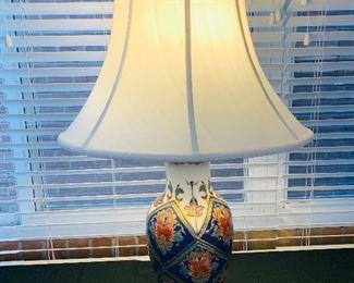 Porcelain Oriental Table Lamp