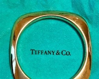 18k Tiffany Bangle bracelet with original box