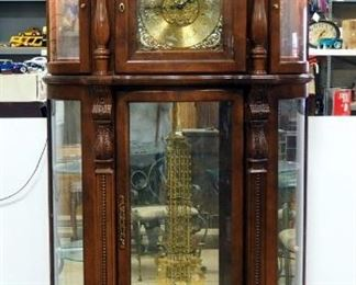 Ridgeway Great Grandfather Illuminated 30-Day Curio Clock With Manual, Powers On