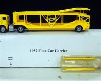 Danbury Mint 1952 4-Car Carrier With Ramps And Car Jacks