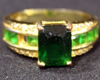 10k Gold Ring, Size 10, With Green Stones