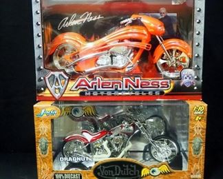 Von Dutch Kustom Cycles Dragnut 1:10 Scale Diecast Motorcycle And Arlen Ness 1:10 Diecast Replica Motorcycle
