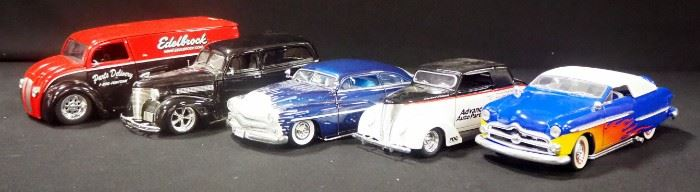 Collection Of 1:24 Scale Diecast Models, Total Qty 5