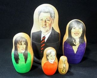 Three Sets Of Wood Nesting Dolls, Includes Bill Clinton (2 Sets) And Soviet Union Leaders (1 Set)