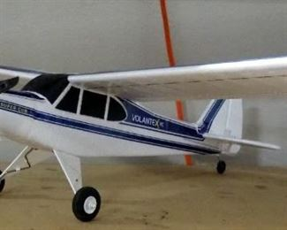 """Volantex RC Super Cub Flyer With Controller, Manual And More, 29.5"""" Wingspan, Foam"""