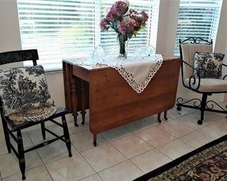 Primitive Drop Leaf Gate Leg Table, set of 6 Hitchcock Chairs