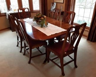 Formal Dining Table with 6 Chairs and 3 leaves