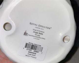 ROYAL DOULTON JINGLE BELLS HN 5699 FIGURINE