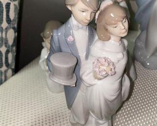 LLADRO WEDDING BELLS, BRIDE AND GROOM #6164 FIGURINE