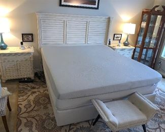 SLEEP NUMBER X12 ADJUSTABLE/MASSAGE KING SIZE BED W/2 WIRELESS REMOTES