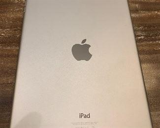 MAC IPAD AIR 32GB