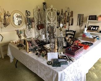 Oodles and Oodles of costume jewelry and smalls