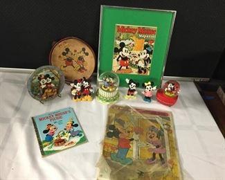 Mickey Loves Minnie #1 https://ctbids.com/#!/description/share/282978
