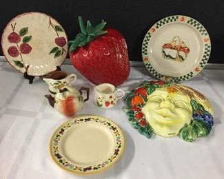 Vintage Strawberry Cookie Jar & More https://ctbids.com/#!/description/share/282988