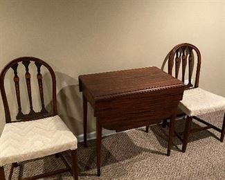 ANTIQUE DROP LEAF TABLE AND 2 CHAIRS