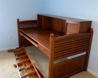 STANLEY FURNITURE BUNK BED