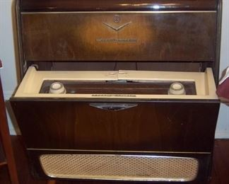 Grundig Majestic Radio/Record Player