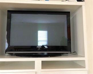"Samsung 40"" TV https://ctbids.com/#!/description/share/285136"