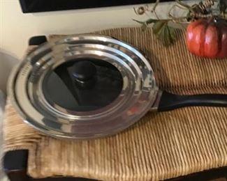 Farberware Fry Pan with Lid